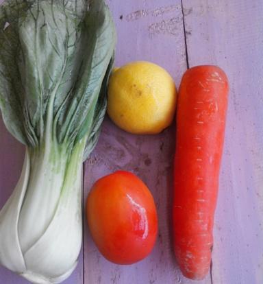 Jus Sayuran Pokchoy Tomat Lemon Wortel